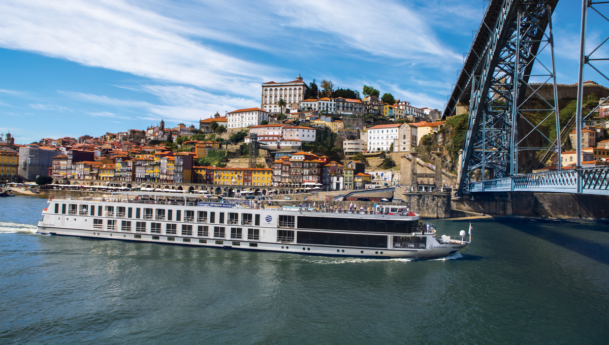 Uniworld - Queen Isabel on the Douro in Porto
