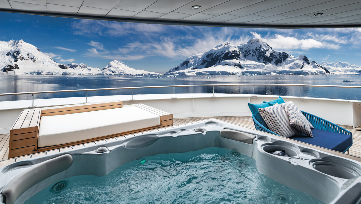 Scenic Eclipse - Owner's Penthouse Suite in Antarctica