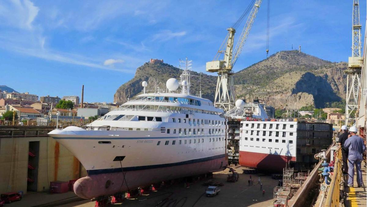 Windstar's Star Breeze being stretched in Palermo (photo by Anne Kalosh)