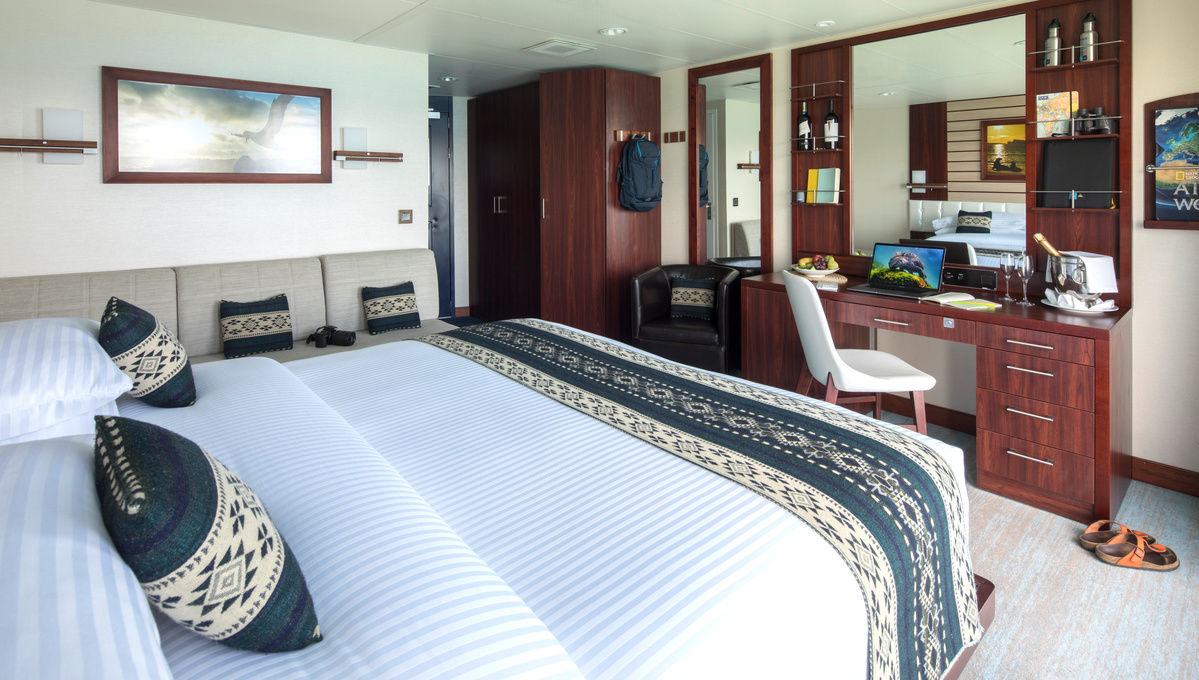 Lindblad Expeditions - National Geographic Endeavour II - Cabin