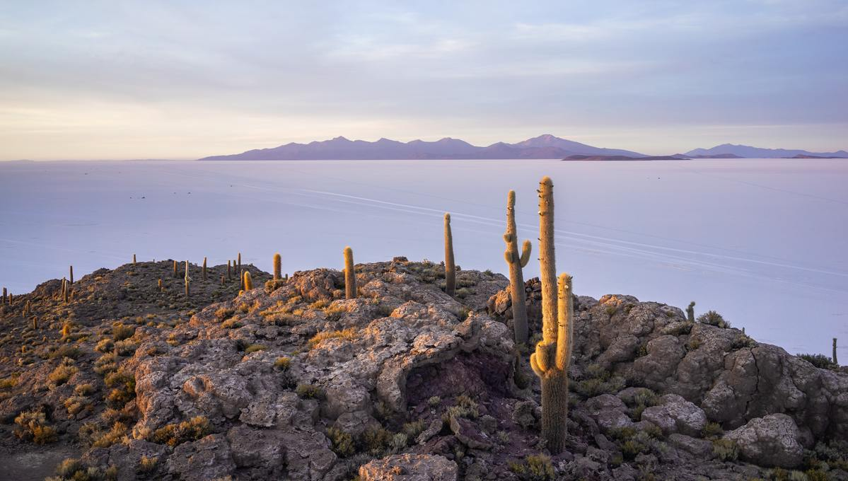 Salar de Uyuni in Bolivia, one of the few countries you can't visit on a cruise