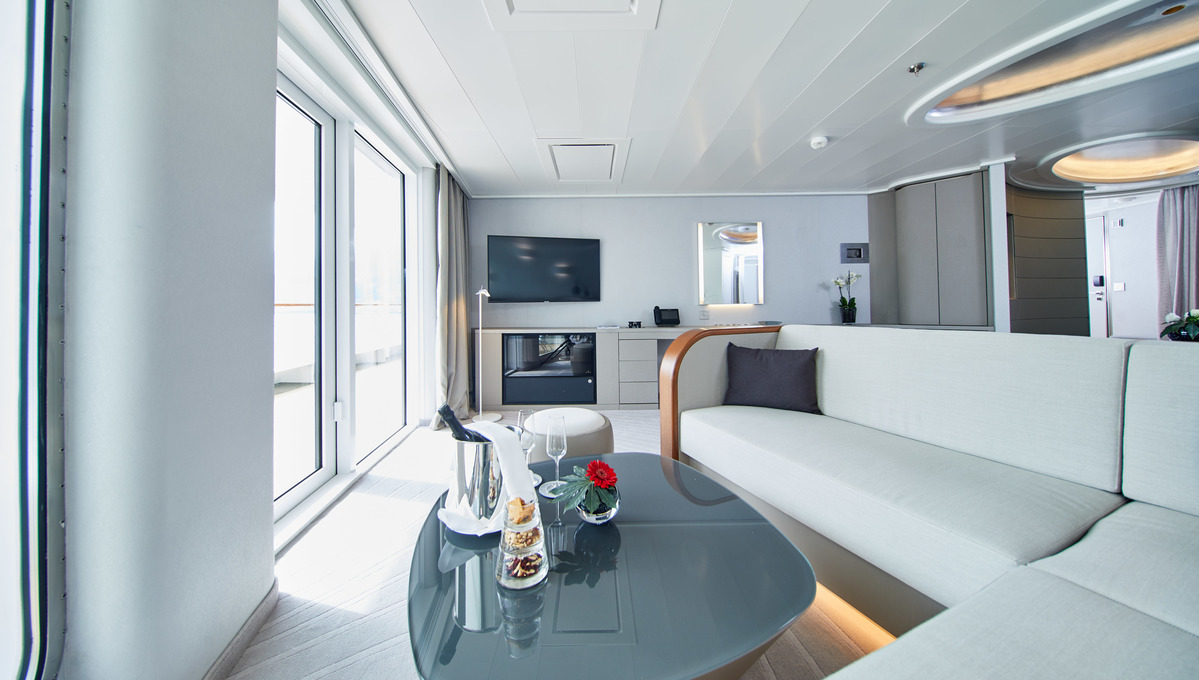 The Grand Suite on Hanseatic Nature, one of the most Instagrammable cruise ship suites at sea