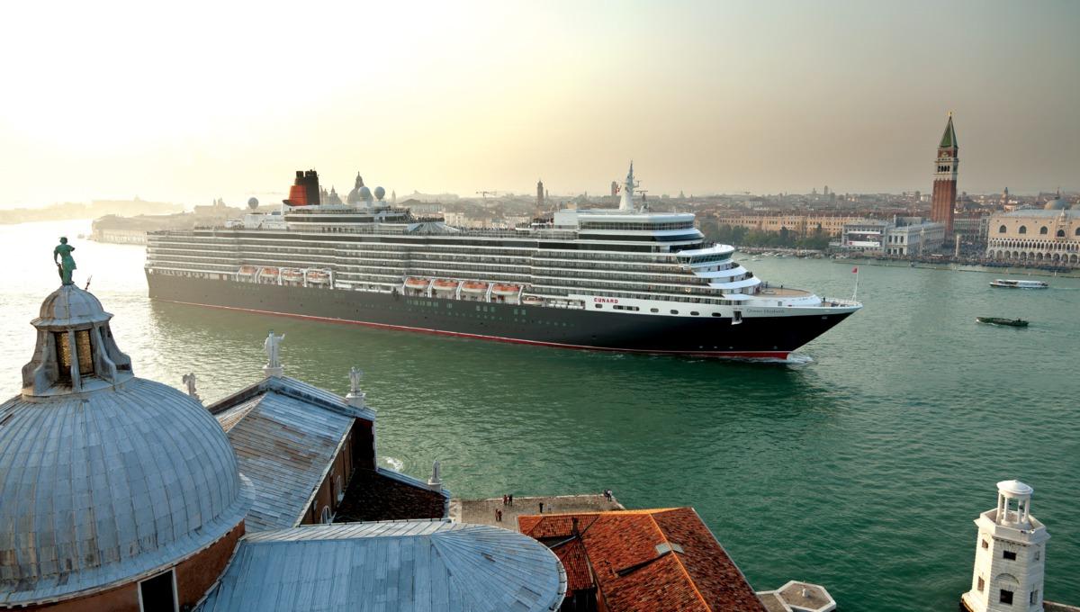 Queen Elizabeth in Venice