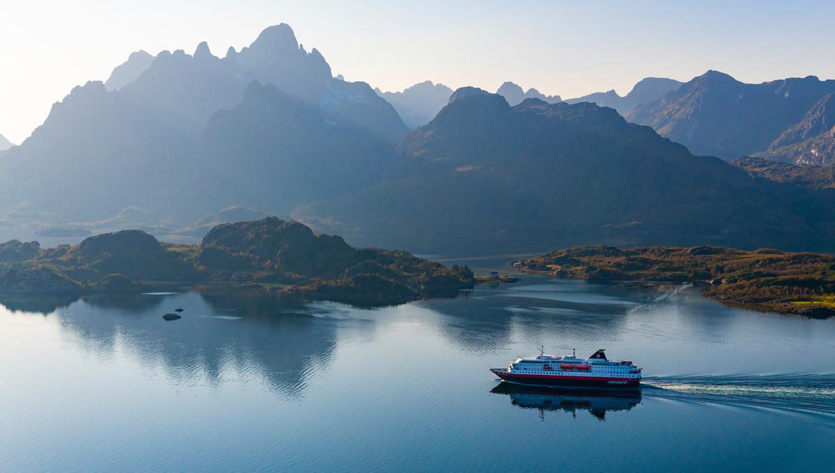 MS Kong Harald cruising the Norwegian Fjords