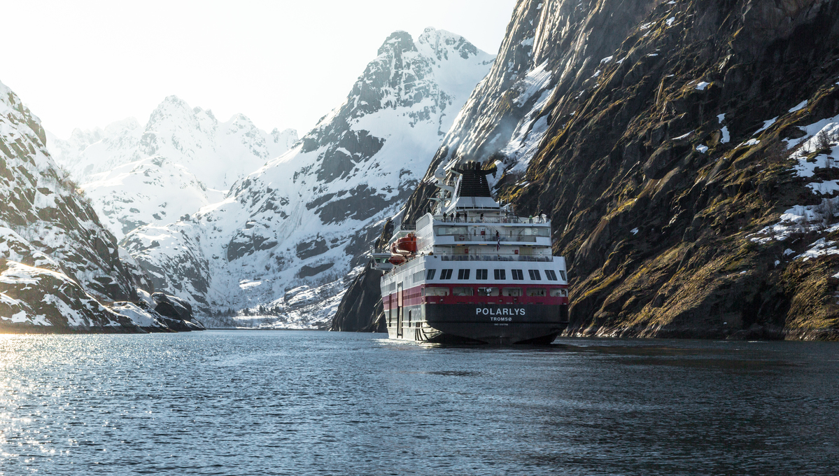 Hurtigruten - MS Polarlys in Norway