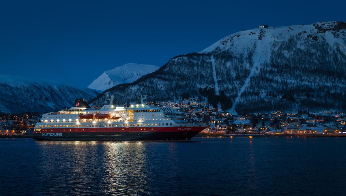 Hurtigruten - MS Polarlys in Tromso
