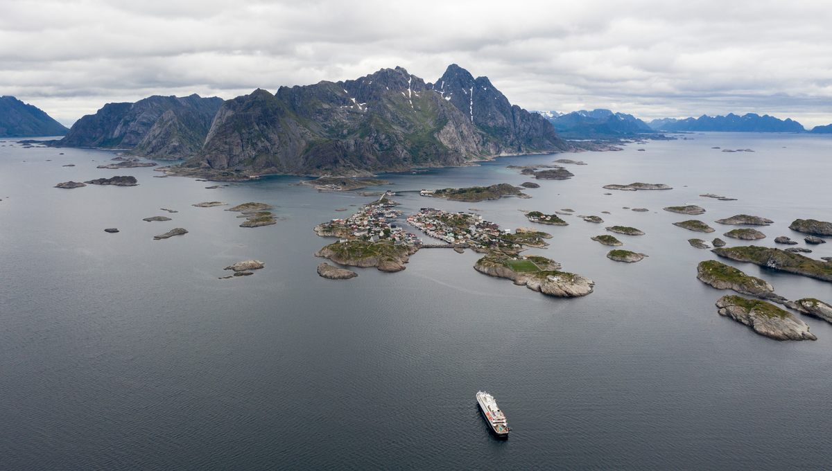 SeaDream Yacht Club in Norway, one of the European cruise lines sailing in summer 2020