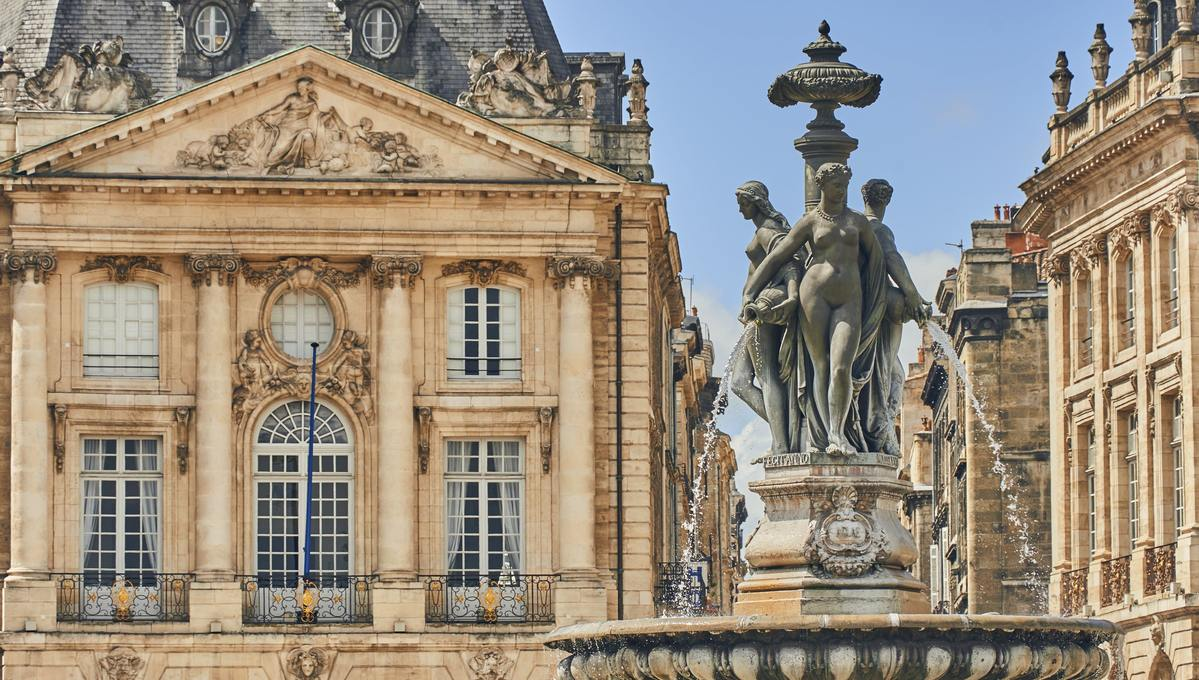 Bordeaux, one of the highlights of a Garonne, Gironde and Dordogne river cruise