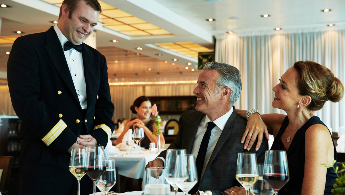 Dinner on Seabourn, one of the best cruise lines with a formal dress code