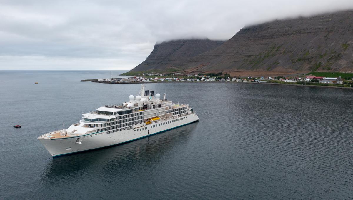 Crystal Endeavor in Iceland