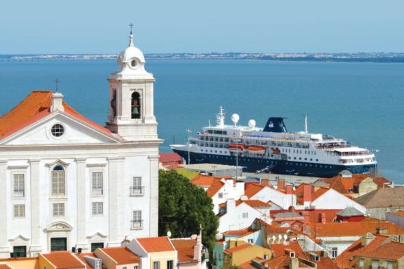 Swan Hellenic - MV Minerva in Lisbon
