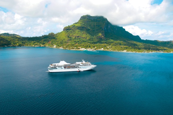 Paul Gauguin Cruises in Tahiti