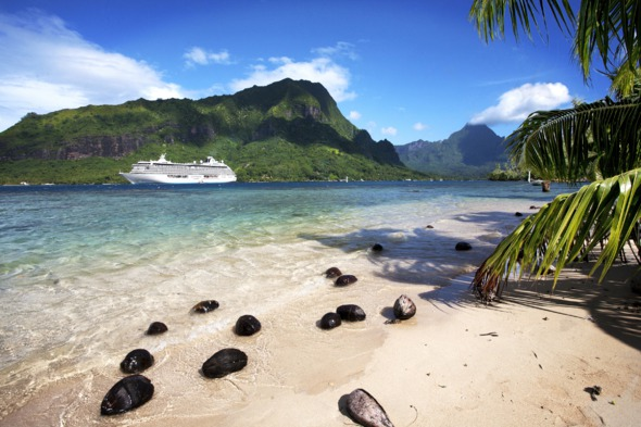 Crystal Serenity in Moorea