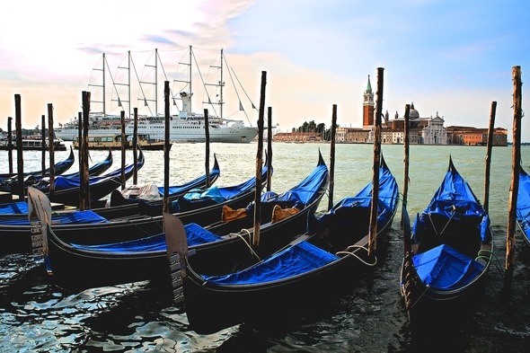 Windstar Cruises - Wind Surf in Venice
