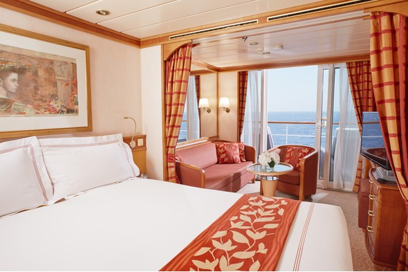 Regent Seven Seas Mariner - Deluxe & Concierge Suite (300 - 400 square feet)