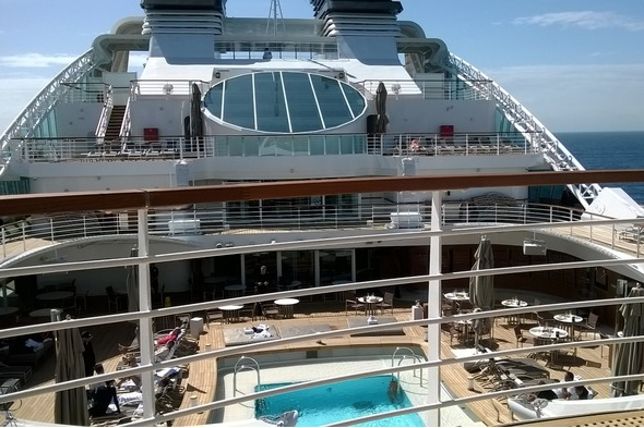 Seabourn Ovation pool area