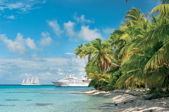 Two Windstar yachts in the Caribbean