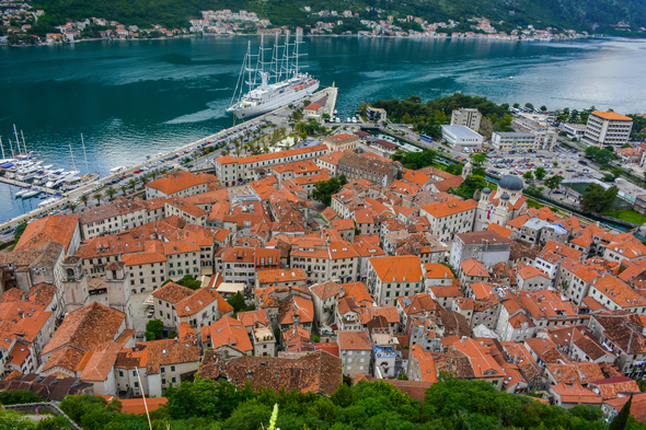 9 of the best small ships for the Adriatic & Croatia - Wind Sturf, Kotor, Montenegro