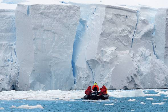 Hapag-Lloyd cruise in Paradise Bay, Antarctica