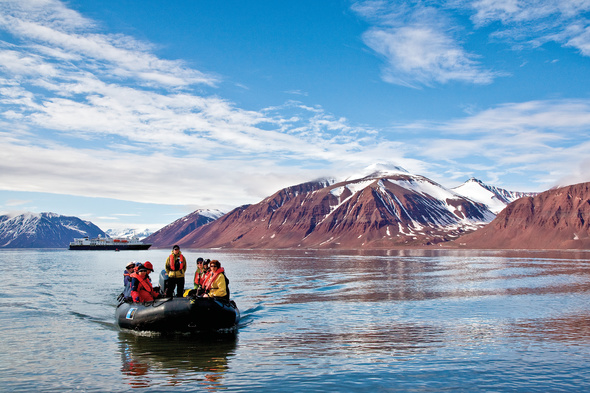 Lindblad Expeditions - Zodiac in Svalbard