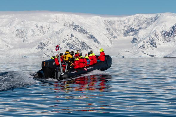 MS Roald Amundsen - Zodiac in Wilhelmina Bay, Antarctica