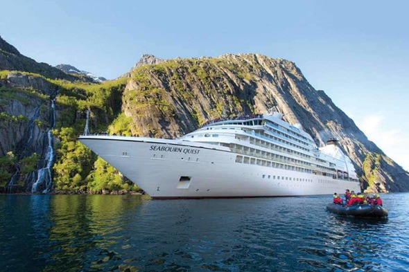 Seabourn Quest in Iceland
