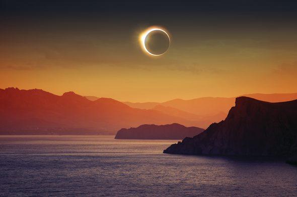 Total solar eclipse in Antarctica