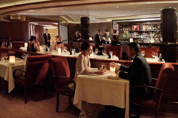 Silversea - Formal dining at Atlantide restaurant