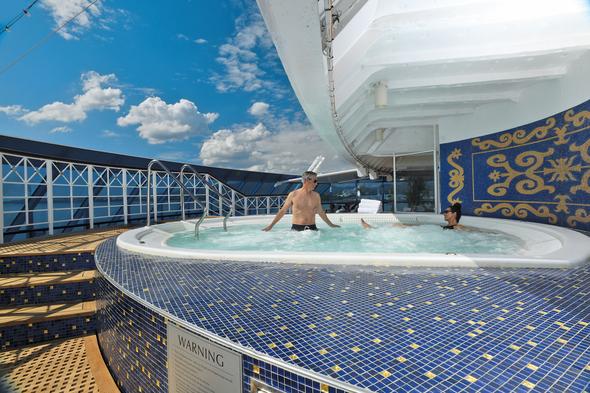 Oceania Cruises - Aquamar Spa Terrace