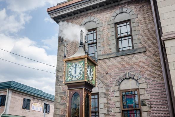 Steam clock, Otaru