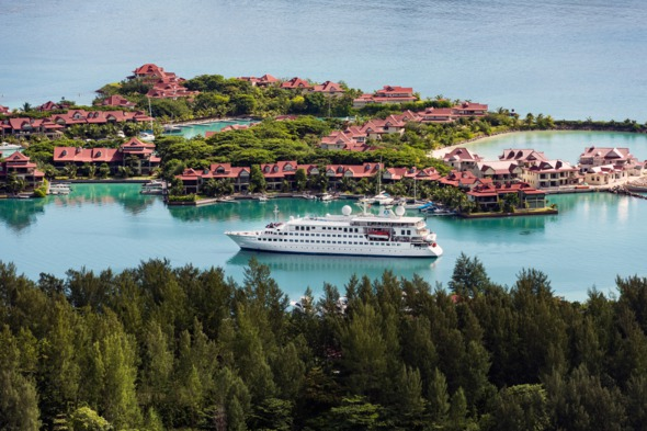 Crystal Esprit in the Seychelles - Read our review to find out more