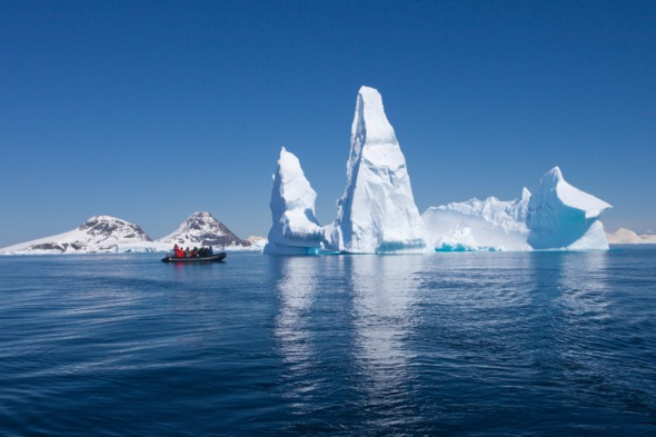 Expedition cruise in Antarctica
