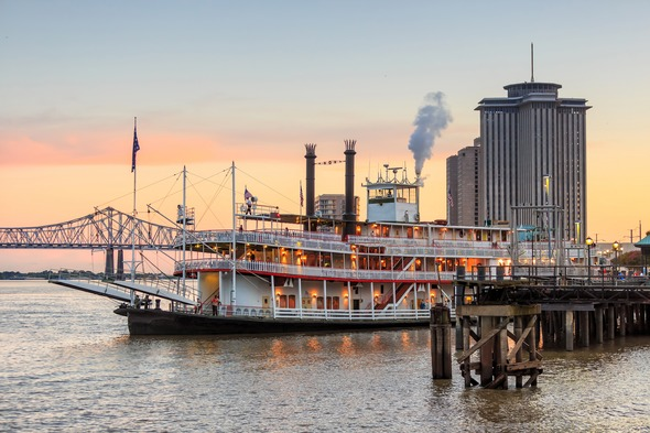 Paddle steamer in New Orleans