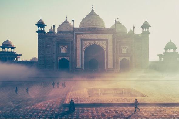 World Cruises & Grand Voyages - See sights including the Taj Mahal