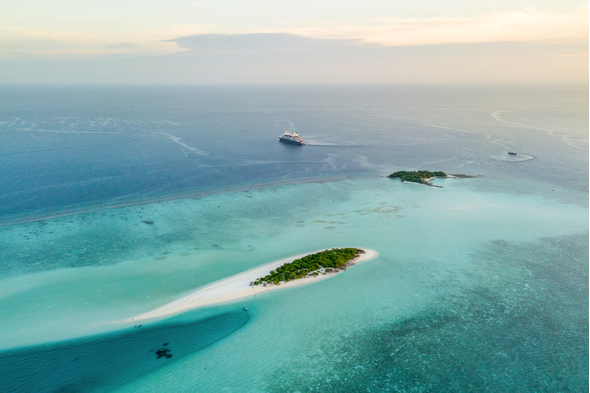 Le Lapérouse in the Indian Ocean, one of the best cruises on Ponant's Explorers