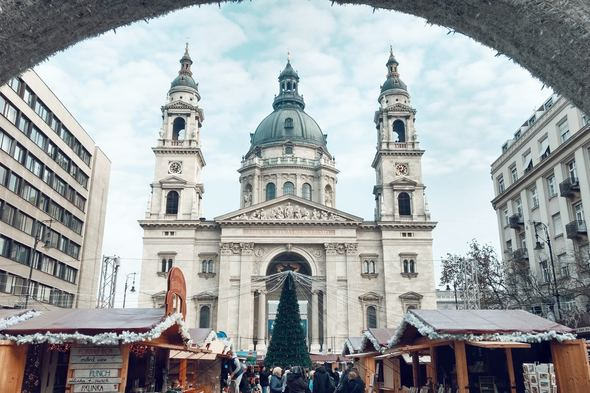 Visit Budapest on one of the best Christmas cruises in 2019