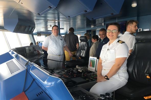 Seabourn Odyssey - Crew on the Bridge