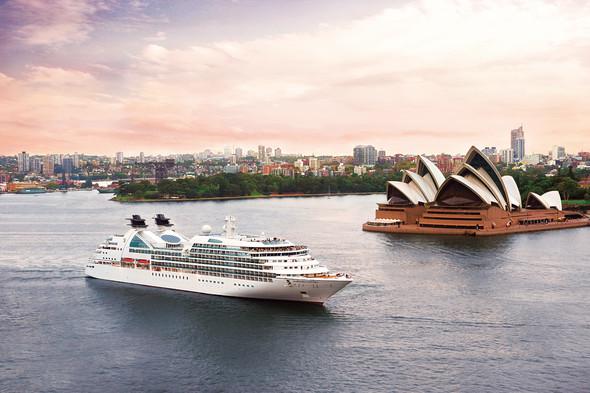 Seabourn Sojourn in Sydney