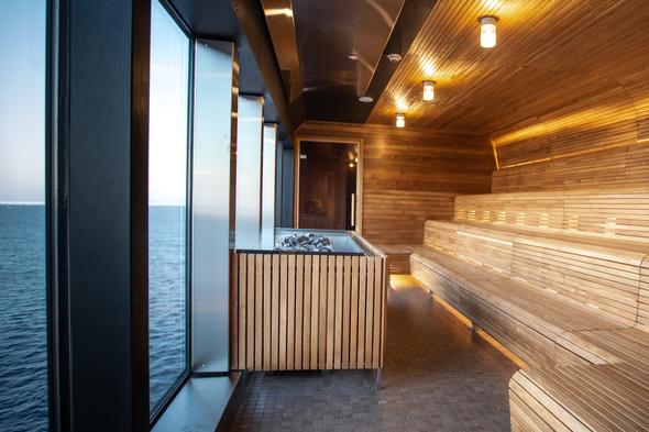 Hurtigruten - MS Roald Amundsen - Sauna