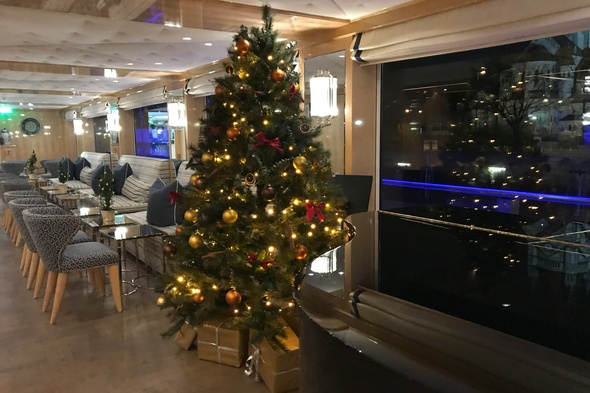 Uniworld - S.S. Beatrice - Main lounge during a Christmas markets cruise