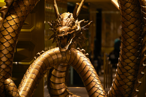 Regent Seven Seas Splendor - Pacific Rim dragon