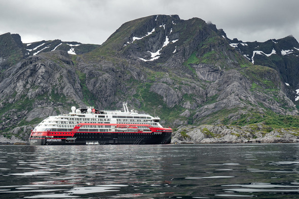 Hurtigruten - MS Roald Amundsen in Lofoten, Norway