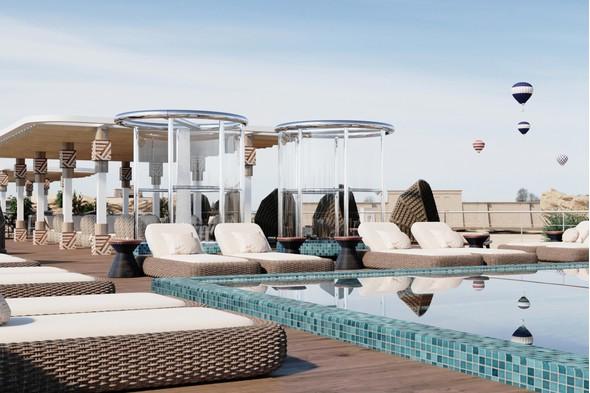 AmaDahlia pool deck