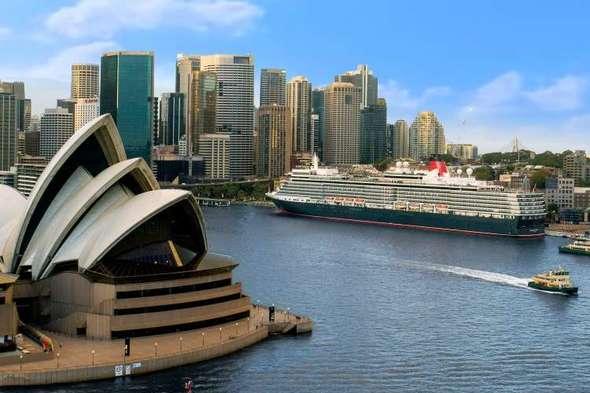 Cunard - Queen Victoria in Sydney