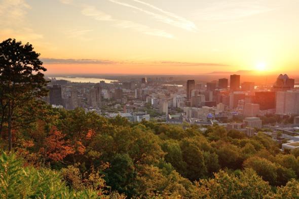 Montréal at dusk
