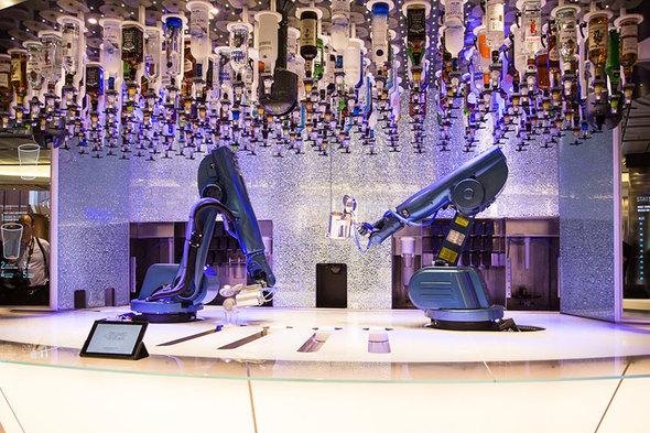 Royal Caribbean - Bionic Bar
