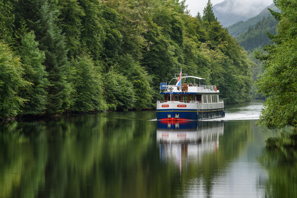 European Waterways - Spirit of Scotland on Loch Oich