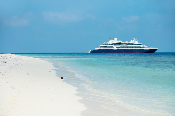 Ponant's Le Laperouse in the Maldives