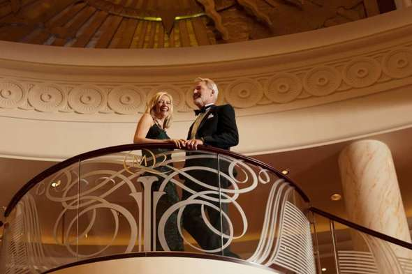 Cunard - Formal night on Queen Mary 2
