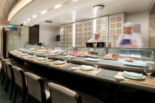 Crystal Serenity - Umi Uma sushi counter